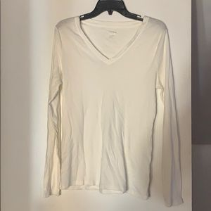 PLAIN WHITE LONG SLEEVE V NECK. Size XL